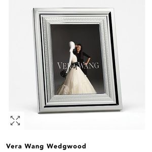 Silver Vera Wang Wedgwood Frame